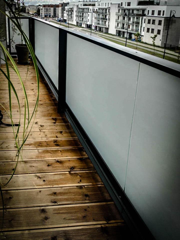 folia na balkon