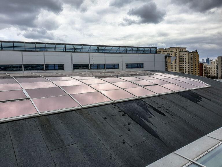widok od zewnątrz - folia SolarBronze 20 Xtra
